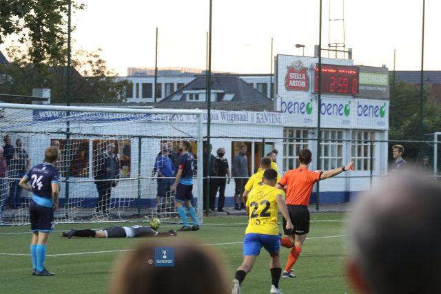 De fans sprongen op, Pepingen-Halle op 0-1