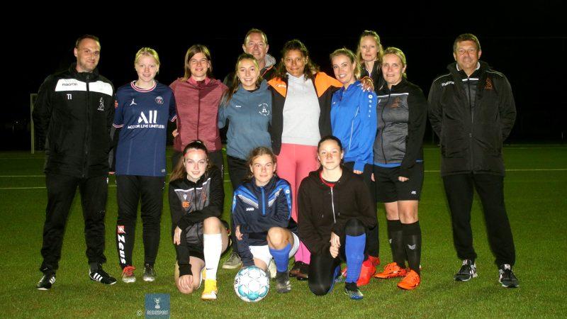Meiden van FC Moorsel pakken een twaalf op twaalf!