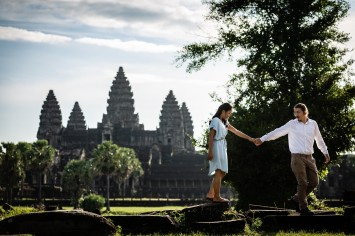 Couple Photography in Angkor