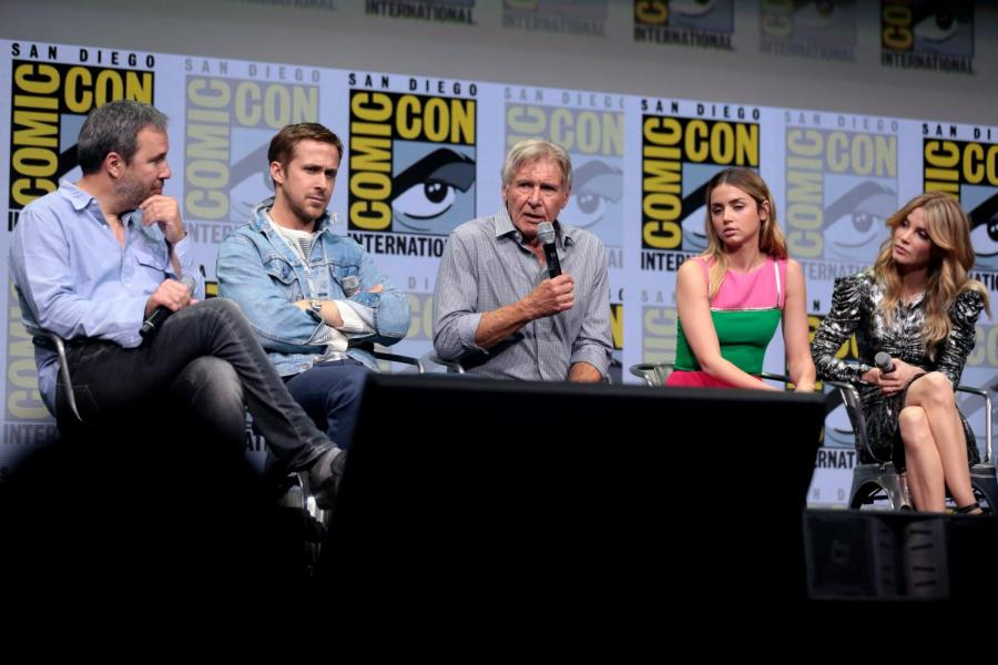Pictured%3A+The+cast+of+Blade+Runner+2049+at+Comic+Con