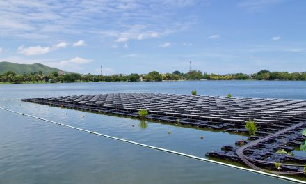 Cleaning techniques for floating solar systems