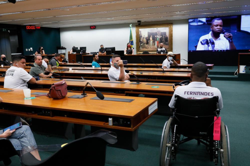 Entregadores de APP pedem regulamentação da classe na Câmara