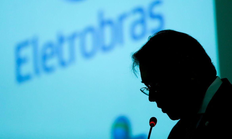 SENADORES E ESPECIALISTAS CONDENAM PRIVATIZAÇÃO DA ELETROBRAS
