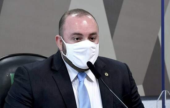 CPI DA COVID: FAUSTO JUNIOR ESCLARECE CRISE DE SAÚDE NO AMAZONAS
