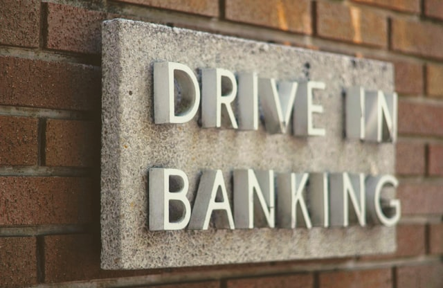 the sign of a drive in banks as the article talks about the fintech bubble and whether banks have something to fear