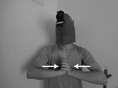 上半身の簡単な筋力トレーニング方法