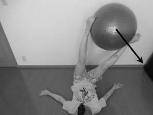 バランスボールを用いたリハビリ方法3