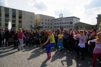 Bild-08-Zumba-Flashmob-Brandenburger-Tor