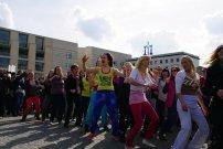 Bild-22-Zumba-Flashmob-Brandenburger-Tor