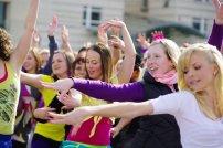 Bild-53-Zumba-Flashmob-Brandenburger-Tor