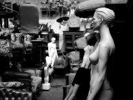 Mannequins @ Flohmarkt - Panasonic DMC-GX80 f/1.7 1/200sec ISO-800 25mm