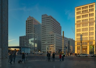 _1210178-PotsdamerPlatz-color