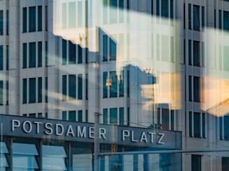 _1210196-PotsdamrePlatz-color