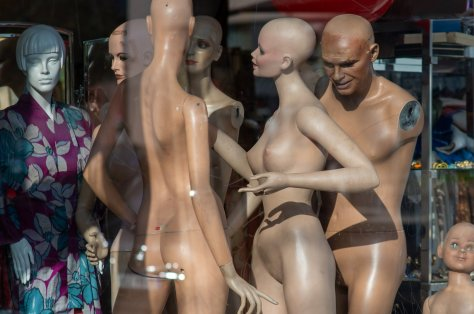 Happy Mannequin Family