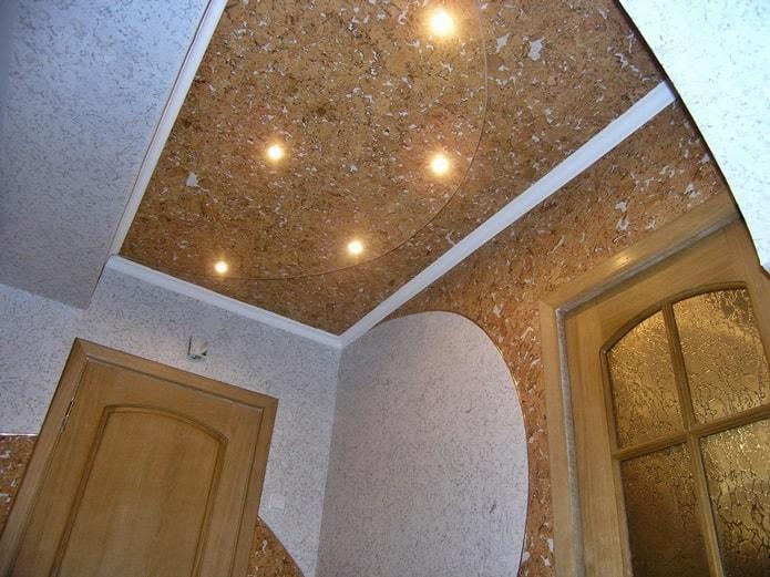 Варианты отделки потолка: пробковый потолок