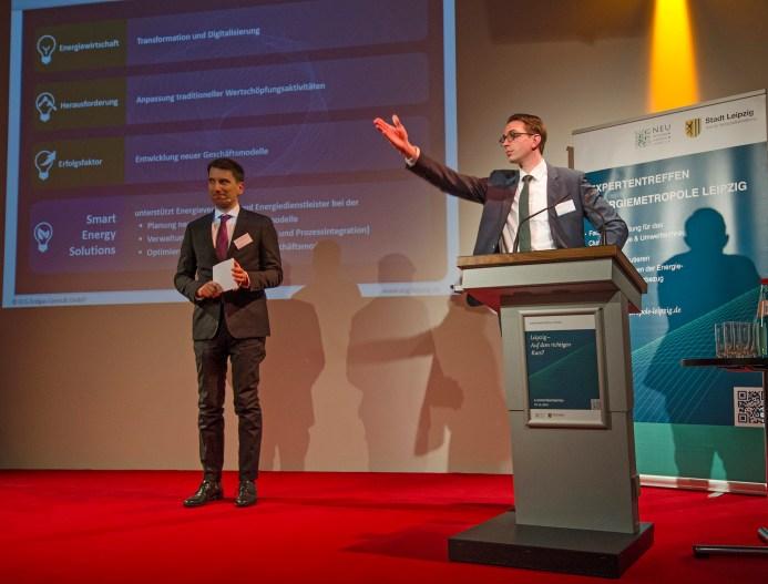 Moderator Ralf Geißler und Martin Loßner, ECG Erdgas Consult GmbH, Berater