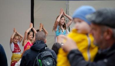 Die Latifaa Bauchtanzgruppe beim 26. Großen Funkenburgfest; Foto: Andreas Reichelt