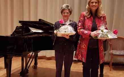 Dagmar Nick und Constance Heller 15. Geburtstag Edmund Nick im Sudetendeutsche Haus