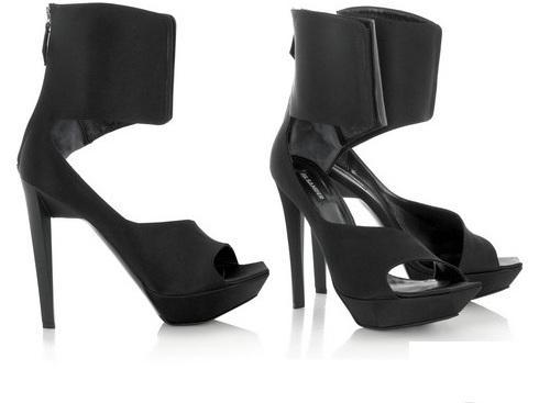 bota-sandalia