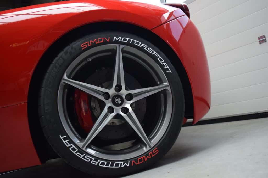 individuelle Reifenaufkleber simon motorsport