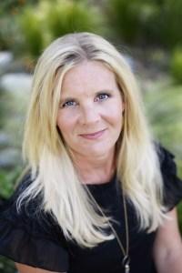 certified essential oil coach - doTERRA wellness advocate and leader - Reija Eden