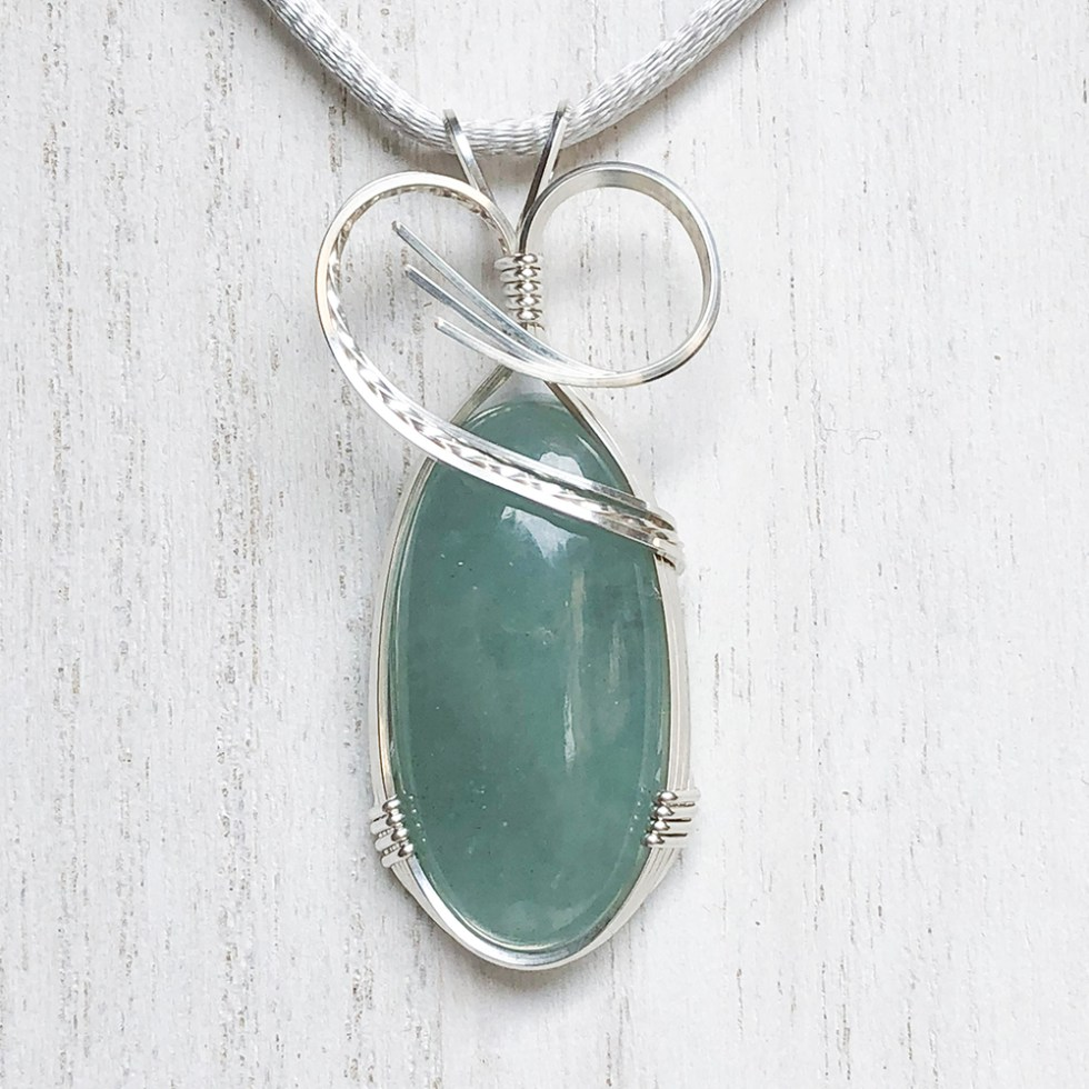 reiki charged aquamarine pendant