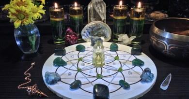 La red de cristales preciosos para la abundancia y prosperidad