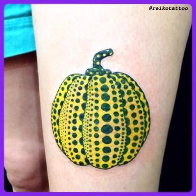 初めて彫った〜︎草間ART @oldhagapple 大好きっ︎ Thank you so much♪♪♪ See you again #pumpkin #dot #YayoiKusama #tattoo #草間彌生 #かぼちゃ #水玉 #タトゥー