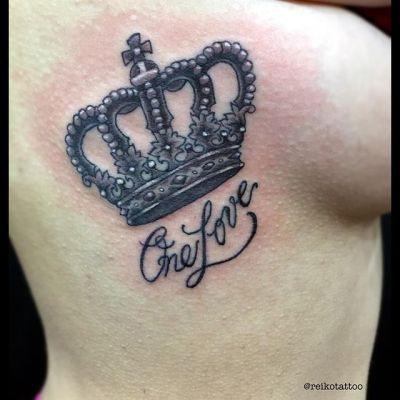 #王冠 #タトゥー #ブラックタトゥー #crown #tattoo #onelove #blacktattoo #reikotattoo #studiokeen #japan #nagoyatattoo #名古屋 #矢場町 #大須