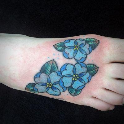 #青い花 #タトゥー #blueflower #tattoo #reikotattoo #studiokeen #japan #nagoyatattoo #tokyotattoo #名古屋 #東京 #静岡 #矢場町 #大須