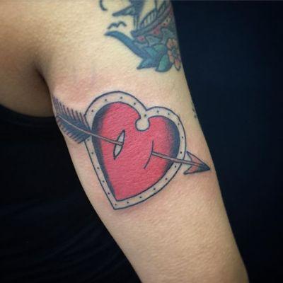 #heartarrow #ハートに矢 ...#tattoo #reikotattoo #studiokeen #japan #nagoyatattoo #tokyotattoo #irezumi #タトゥー #刺青 #名古屋 #大須 #矢場町 #東京