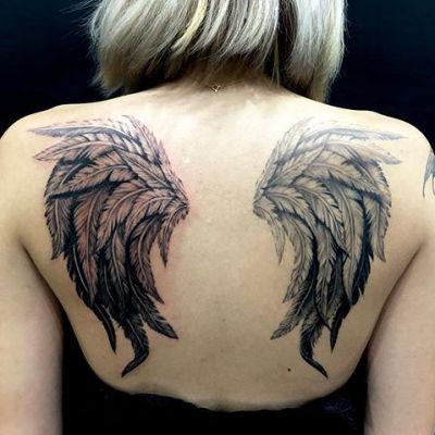 #羽根 #翼 #wings #ブラックアンドグレータトゥー...#tattoo #reikotattoo #studiokeen #japan #nagoyatattoo #tokyotattoo #irezumi #タトゥー #刺青 #名古屋 #大須 #矢場町 #東京