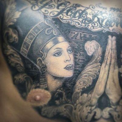 #ヒエログリフタトゥー #hieroglyph #Nefertiti #ネフェルティティ #w.i.p. ...#tattoo #reikotattoo #studiokeen #japan #nagoyatattoo #tokyotattoo #irezumi #タトゥー #刺青 #名古屋 #大須 #矢場町 #東京