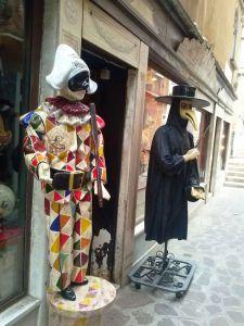 Trajes venecia