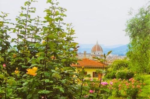 Vistas de la Catedral de Florencia desde el jardín de las Rosas