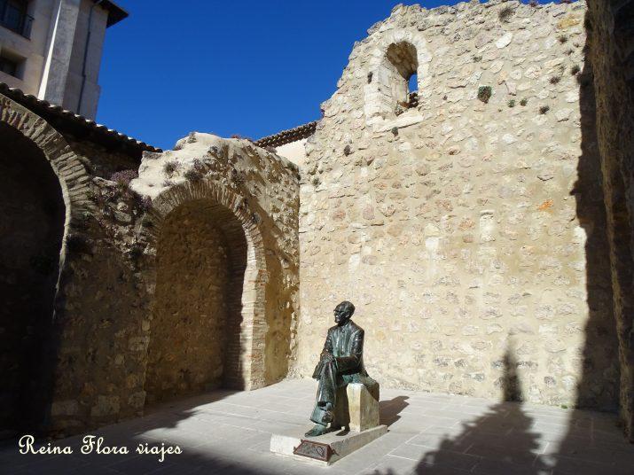Estatua de Federico Muelas