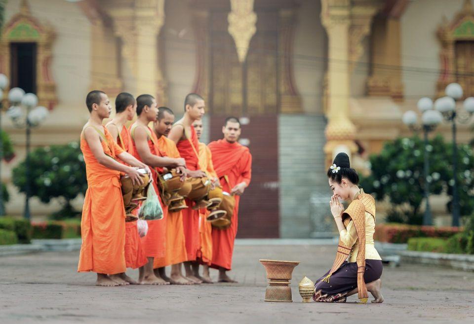 Monjes Tailandia