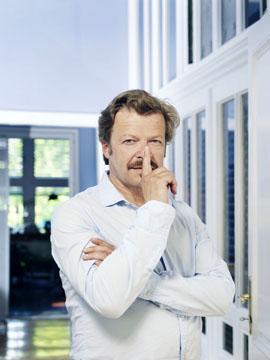"""Swiss """"Tatort"""" - actor Roland Koch in his flat in Vienna"""