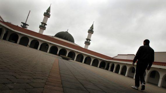 Frères musulmans société parallèle Suède rapport officiel
