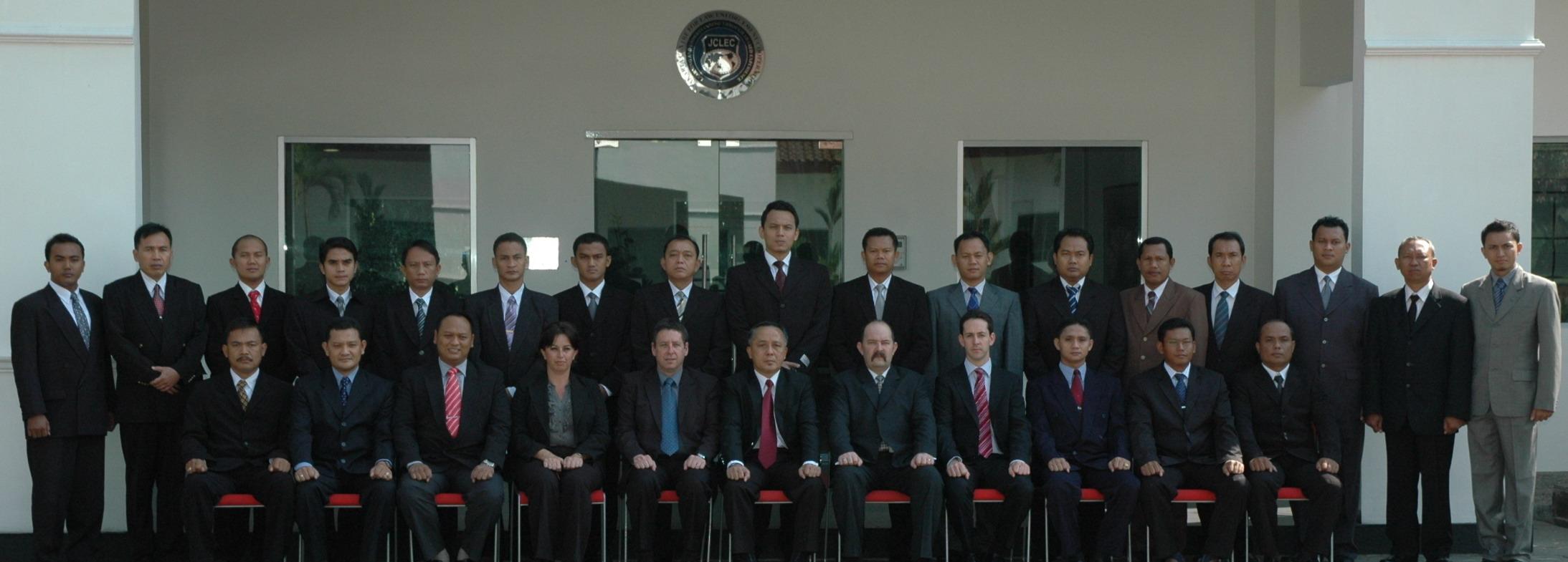 Foto bersama peserta dan Pengajar FIP