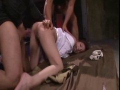 地下室に監禁された美人OLがビンタやイラマチオされ号泣しているれイプ 動画 38.5度 動画