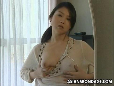 犯され願望のある田舎の美熟女妻が乱暴なピストンで絶頂するれイプ 動画 38.5度無料