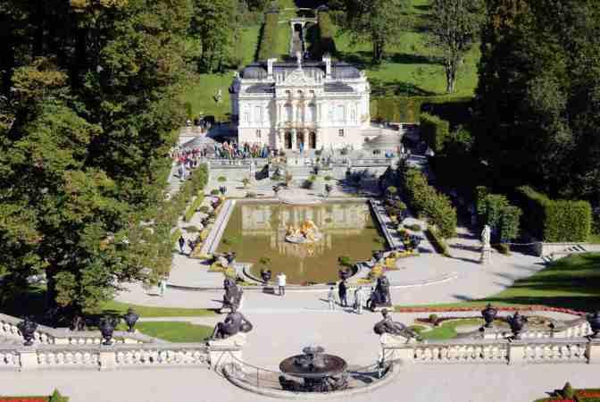 Schloss Linderhof, barokslot Lodewijk II Graswangtal Ettal bij Oberammergau, Beieren