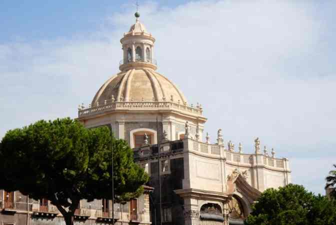 - Piazza del Duomo