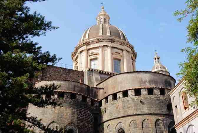 Behouden deel van de Normandische kerk