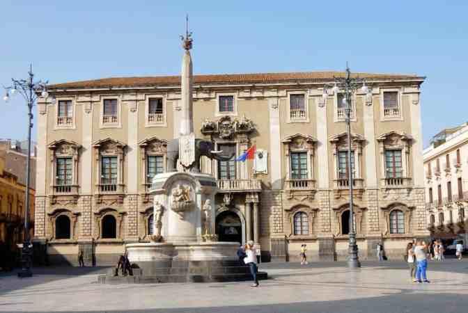 Fontana dell'Elefante - fontein van de olifant - Catania