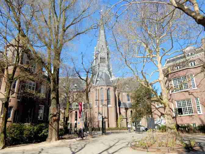 Vondelkerk vanaf Vondelpark