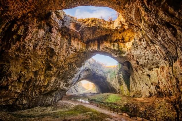Devetaki-Höhle