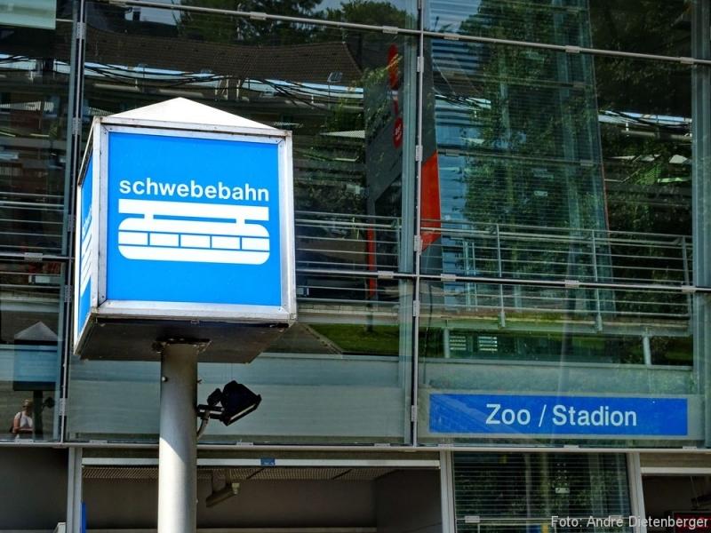 Zoo Wuppertal - Schwebebahn Schilder
