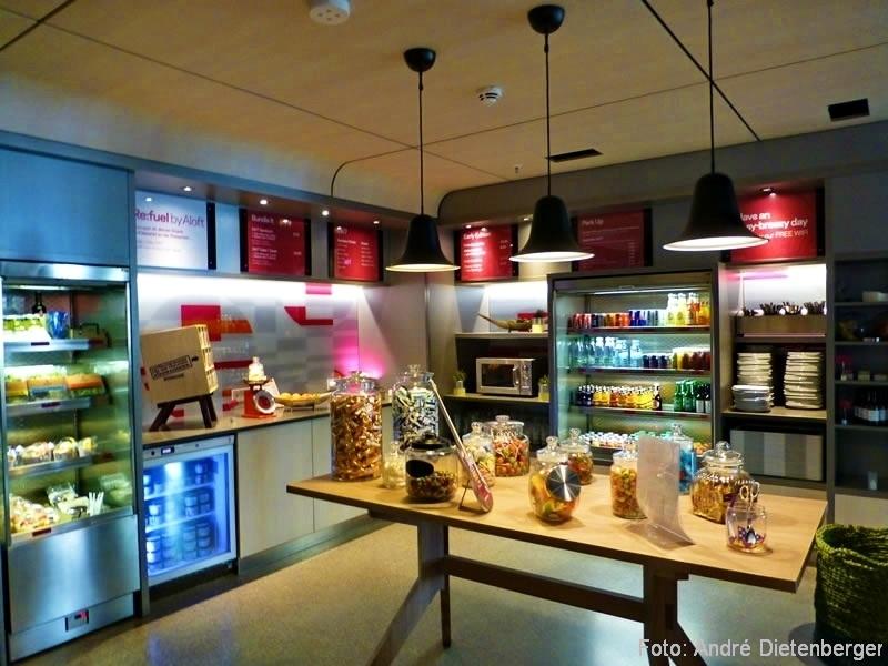 Aloft Stuttgart - Abendliche Candybar